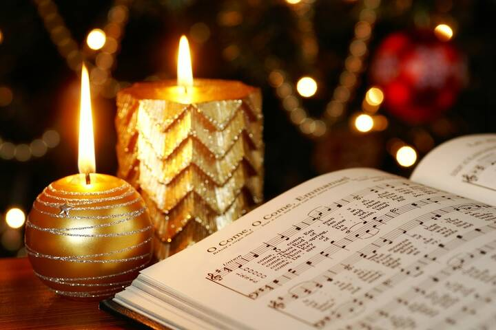 Weihnachtslieder Geschichte.Französische Weihnachtslieder